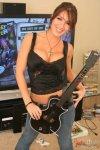 guitar-hero-girl-08-24-11-08